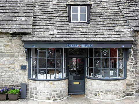 Cherry Heaven Shop In Corfe Castle