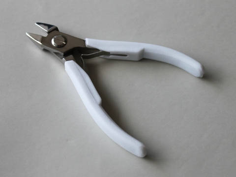 Kitiki Flush Cutters.