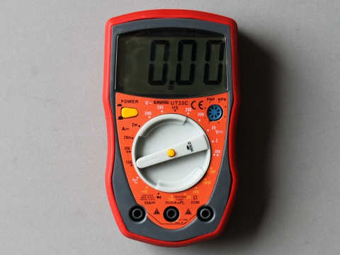 Kitiki Digital MultiMeter.